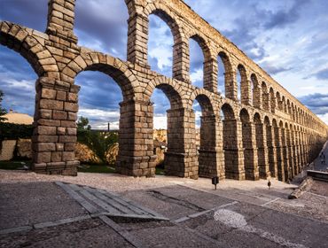 Day visit to Segovia to learn Spanish