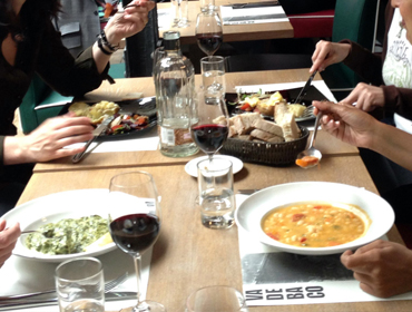 Have a lunch with your teacher and learn Spanish in a casual environment